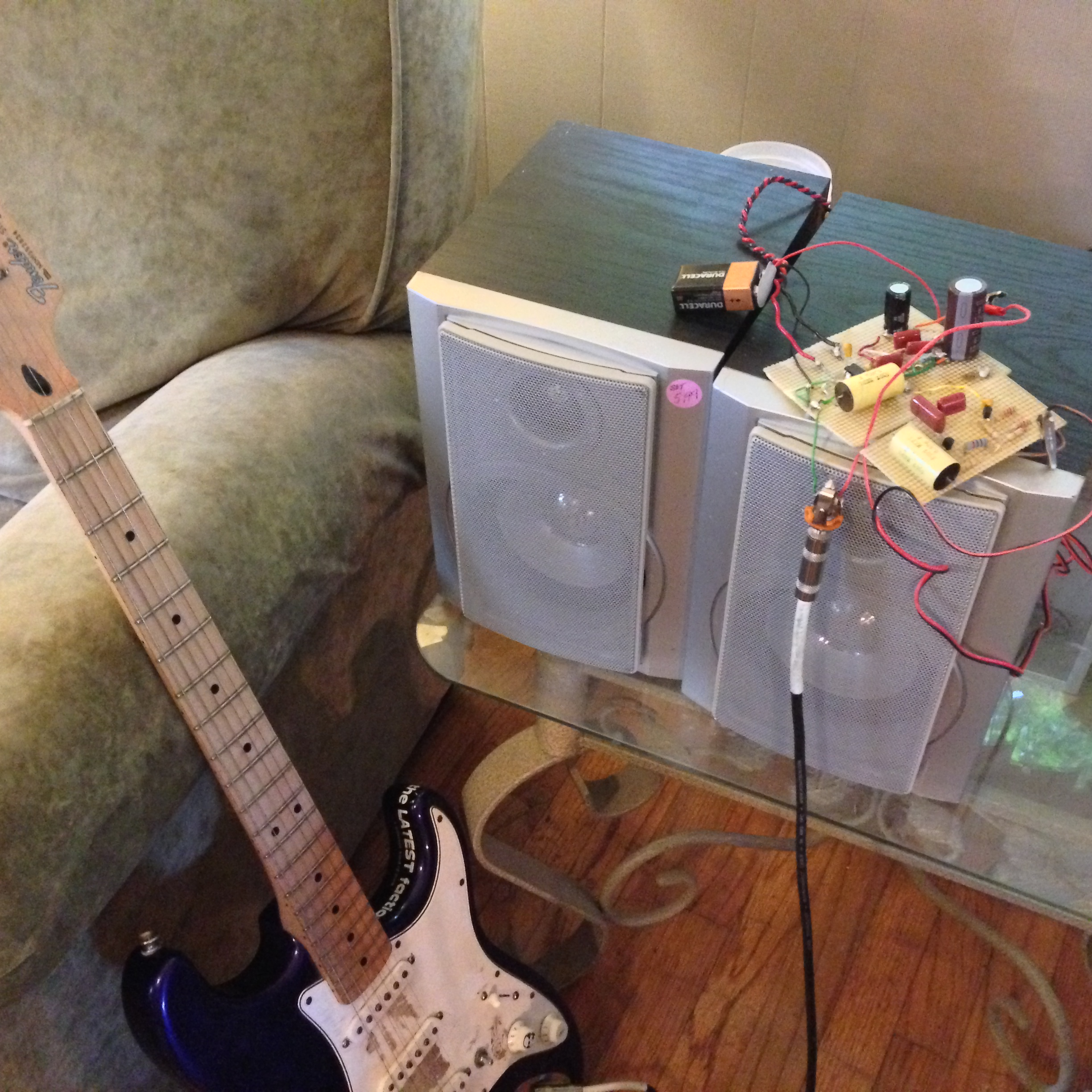 how to make a cigar box guitar amplifier